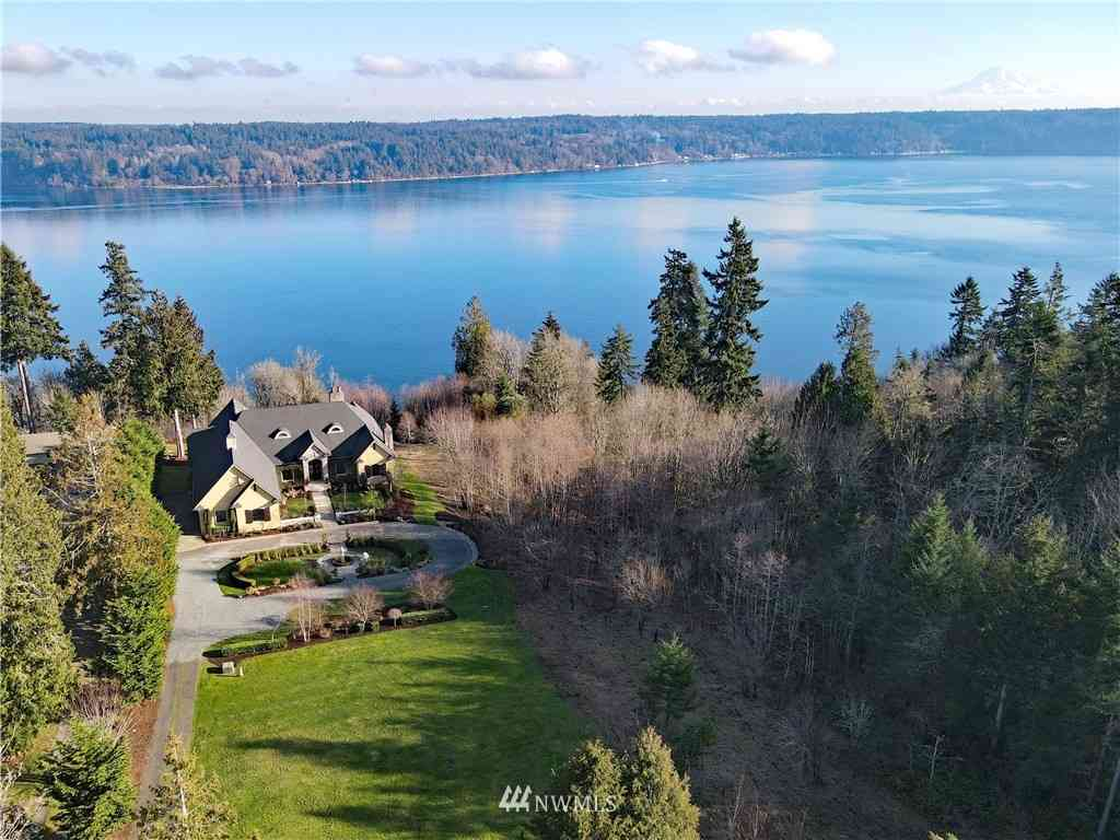 15215 14th Avenue NW, Gig Harbor, WA, 98332,