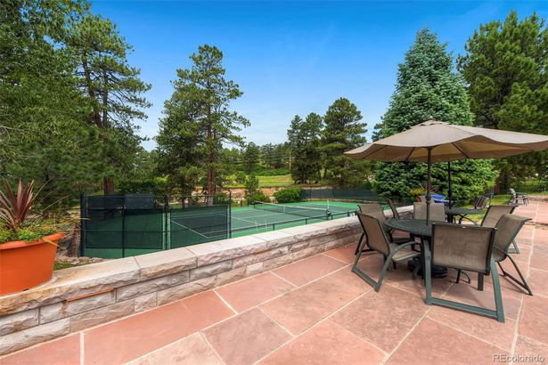 951 Castle Pines North Drive