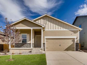 340 Maple Street, Bennett, CO, 80102,