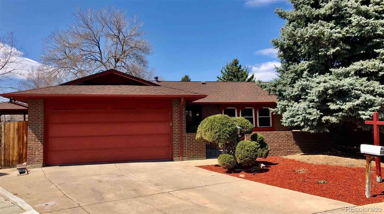 689 S Dudley, Lakewood, CO, 80226,