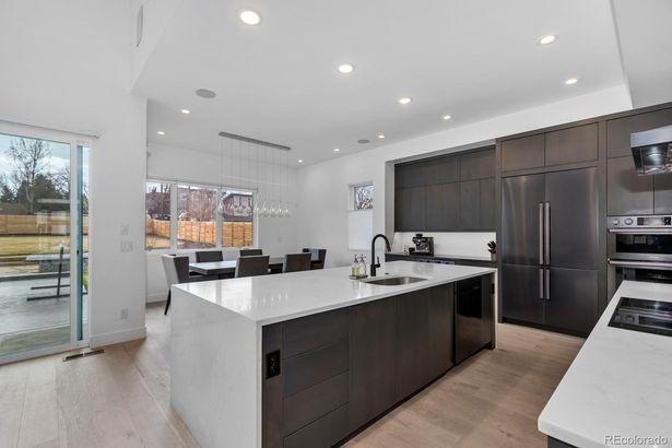 5770 W 41st Avenue