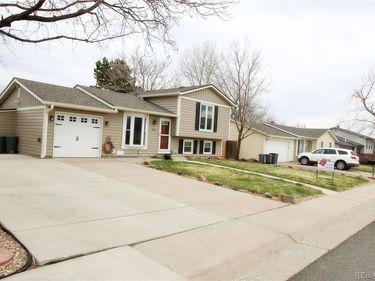 3650 S Oak Street, Lakewood, CO, 80235,