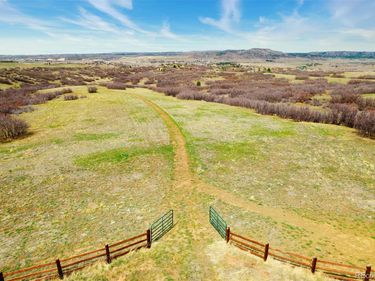 5165 Bears Den Trail, Sedalia, CO, 80135,