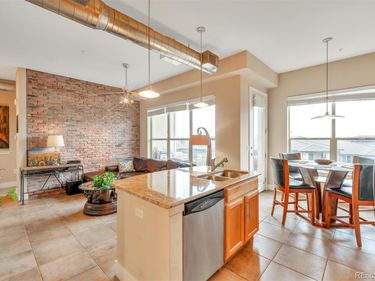 10111 Inverness Main Street #225, Englewood, CO, 80112,