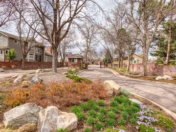 9645 W La Salle Avenue, Lakewood, CO, 80227,