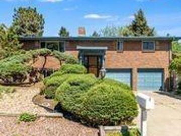 Undisclosed Address, Lakewood, CO, 80215,