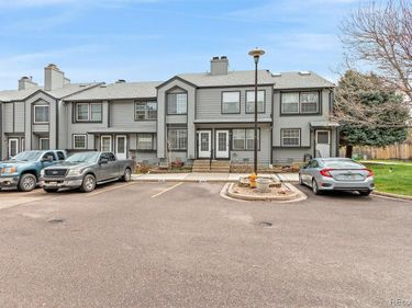 1887 Newland Court, Lakewood, CO, 80214,