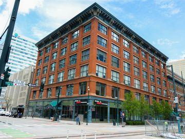 1555 California Street #609, Denver, CO, 80202,