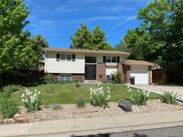 1087 S Owens Court, Lakewood, CO, 80226,