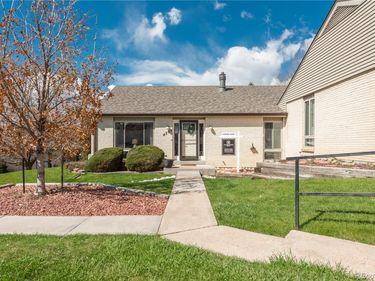 4304 W Pondview Drive, Littleton, CO, 80123,