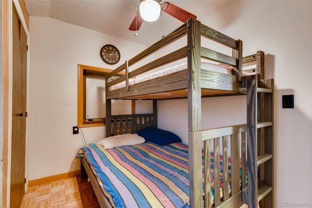 2949 Glenarm Place