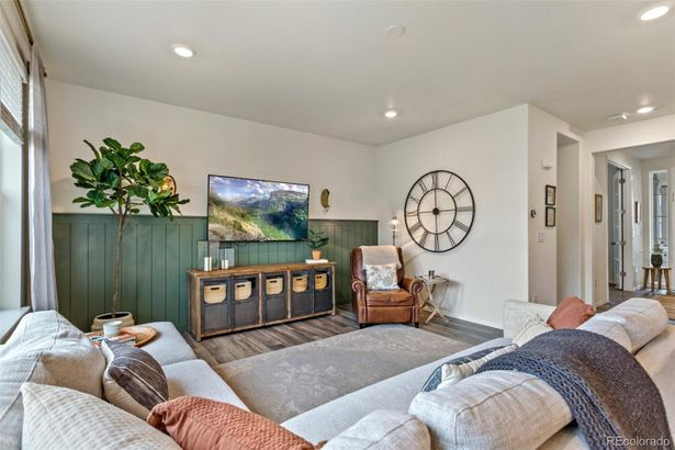 3318 Orchid Drive