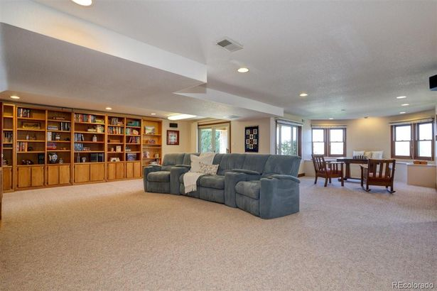 14675 W 58th Place