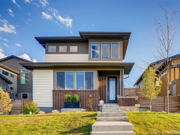 8242 Blue River Avenue, Littleton, CO, 80125,