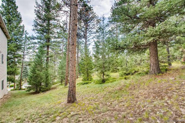 3474 Woodlands Way