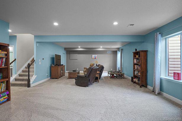 8118 Foxtail Pine Place