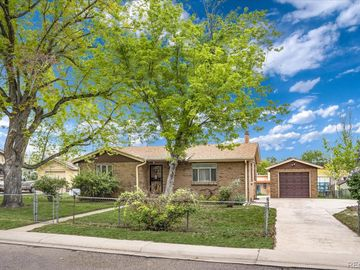 2340 Bell Court, Lakewood, CO, 80215,