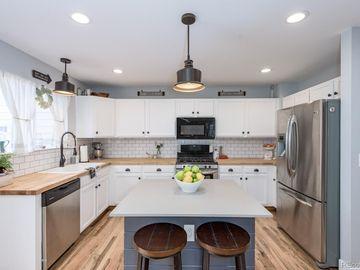 Kitchen, 9884 Castle Ridge Circle, Highlands Ranch, CO, 80129,