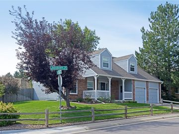10418 W Roxbury Avenue, Littleton, CO, 80127,