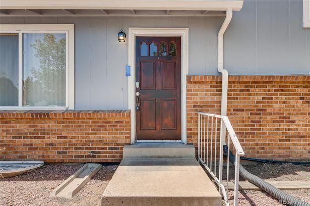 3073 S Fraser Street