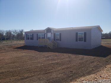 1151 Lance Crossing, Marion, TX, 78124,
