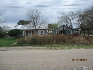 512 & 647 E Corlena, Charlotte, TX, 78011,