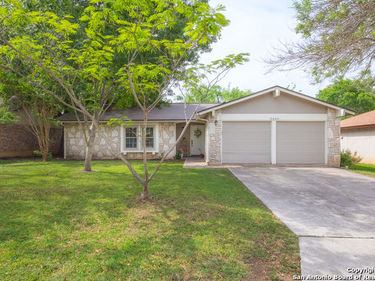 6666 COUNTRY FIELD DR, San Antonio, TX, 78240,