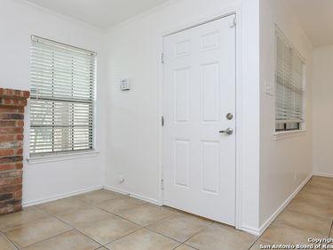 11610 Vance Jackson Rd #317, San Antonio, TX, 78230,