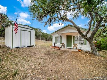 186 GOAT HILL RD, Lakehills, TX, 78063,