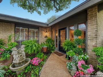 8807 Spanish Moss, Windcrest, TX, 78239,