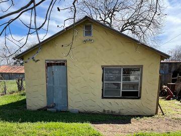 210 Avenue D, Poteet, TX, 78065,