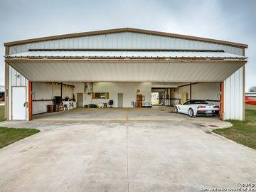 385 VAGABOND, Marion, TX, 78124,