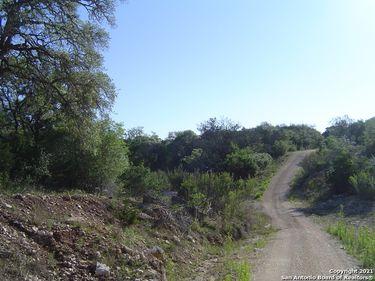 7159 Park Road 37, Lakehills, TX, 78063,