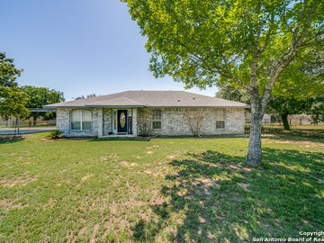 19997 Kenney Avenue, Somerset, TX, 78069,