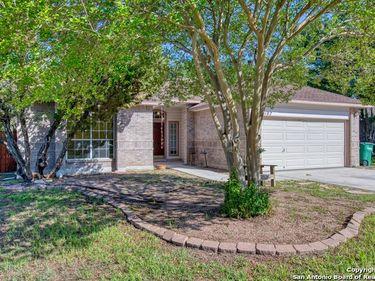 6107 HERITAGE PLACE DR, San Antonio, TX, 78240,