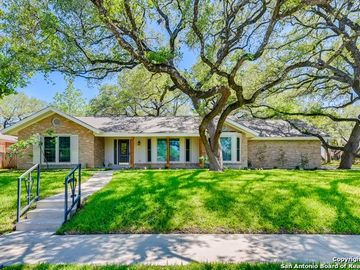 930 FABULOUS DR, San Antonio, TX, 78213,