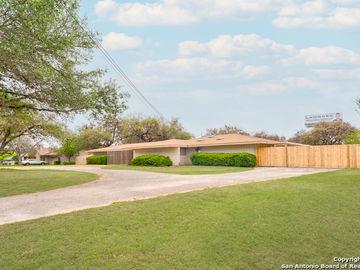 8390 N VERDE DR, San Antonio, TX, 78240,