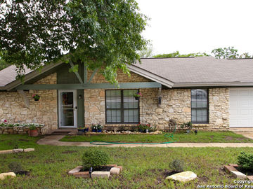 510 SHIN OAK DR, Live Oak, TX, 78233,