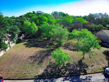 120 Shalimar Dr, Castle Hills, TX, 78213,
