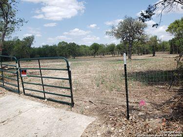6011 BABCOCK RD, San Antonio, TX, 78240,
