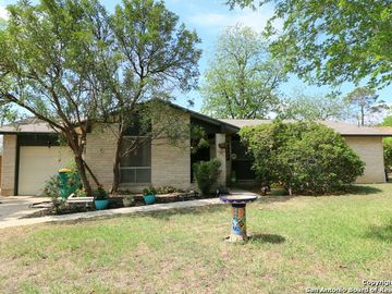 311 CHERRYWOOD LN, Live Oak, TX, 78233,
