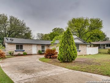 7906 Old Spanish Trail, Live Oak, TX, 78233,