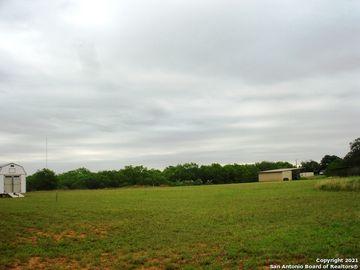 505 Lagunillas Ave, Charlotte, TX, 78011,