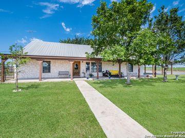 1914 COUNTY ROAD 456, Hondo, TX, 78861,