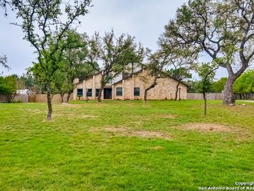 8518 Oak Thicket, San Antonio, TX, 78255,