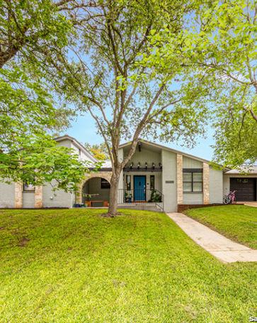 203 ELMWOOD DR New Braunfels, TX, 78130