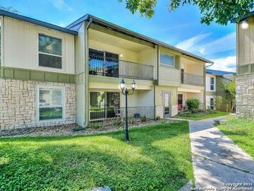 100 LORENZ RD #302, San Antonio, TX, 78209,
