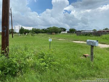 2002 W Ditto Rd, Poteet, TX, 78065,