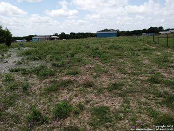 155 CRESTWAY RD, Somerset, TX, 78069,