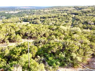 63 County Road 2733, Mico, TX, 78056,